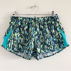 Nike 5K Printed Tempo Running Shorts Medium